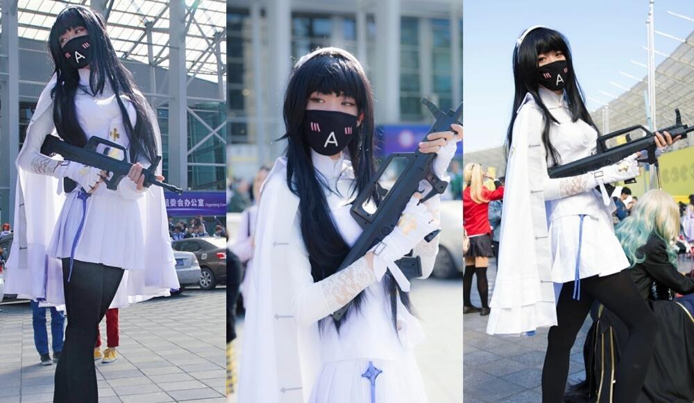 伍媚影cosplay